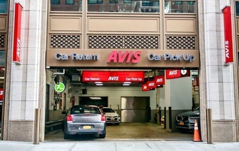 Avis Lyft Express Drive Rentals