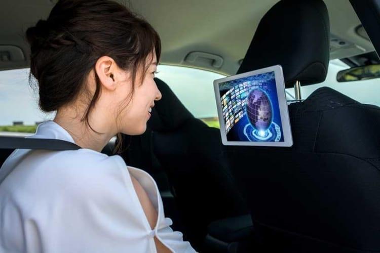 Uber Lyft Amenities Backseat