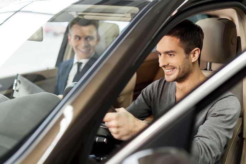 Man starting Uber test drive